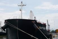 Tàu SWIFTNES chở 33.000 tấn Kali cập cảng TP.HCM