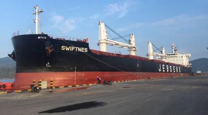 Apromaco Quy Nhơn tiếp nhận 10.000 tấn Kali phục vụ sả xuất nông nghiệp các tỉnh Duyên hải miền Trung và Tây nguyên.